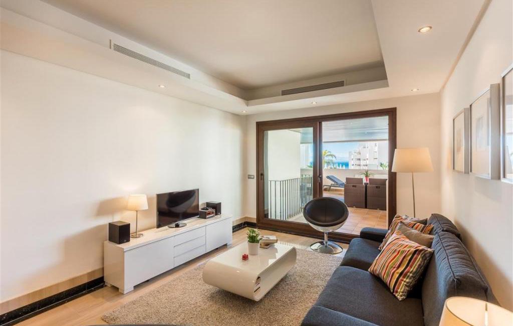 Feshenebelnyye apartamenty v komplekse Bahía de la Plata v Estepone - N3056 - vikmar-realty.ru