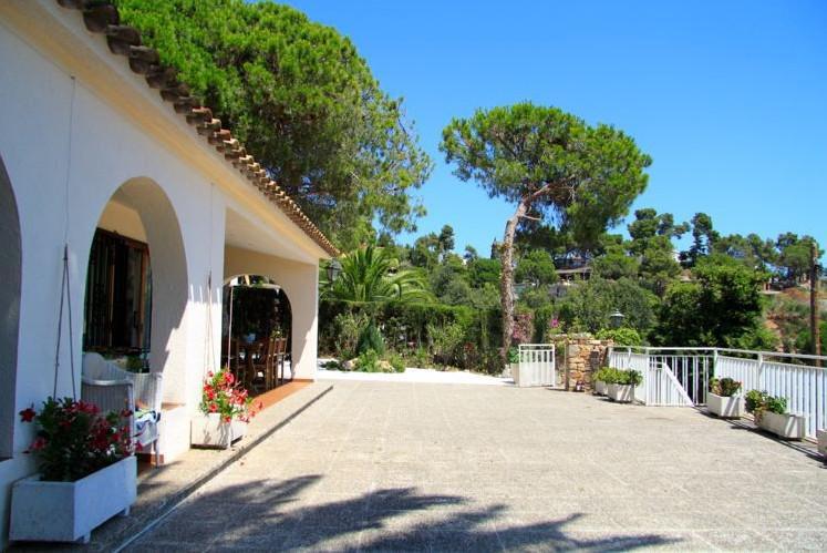 Villa v Tossa de Mar v 500 metrakh ot morya - N3436 - vikmar-realty.ru