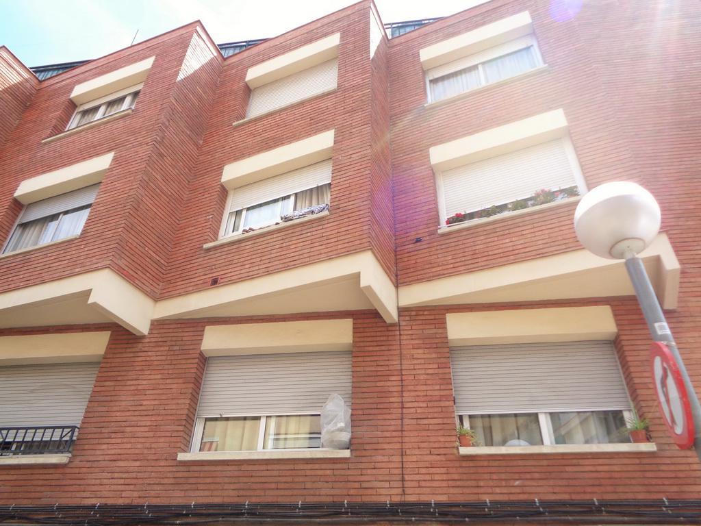 Byudzhetnaya kvartira v Barselone v rayone Les Roquetes - N3606 - vikmar-realty.ru