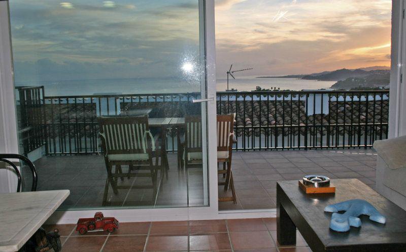 Taunkhaus s vidom na more v Lloret de Mar v Ispanii - N1527 - vikmar-realty.ru