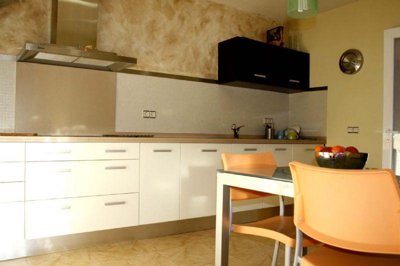 Otlichny dom v gorode Lloret de Mar na beregu morya - N1697 - vikmar-realty.ru