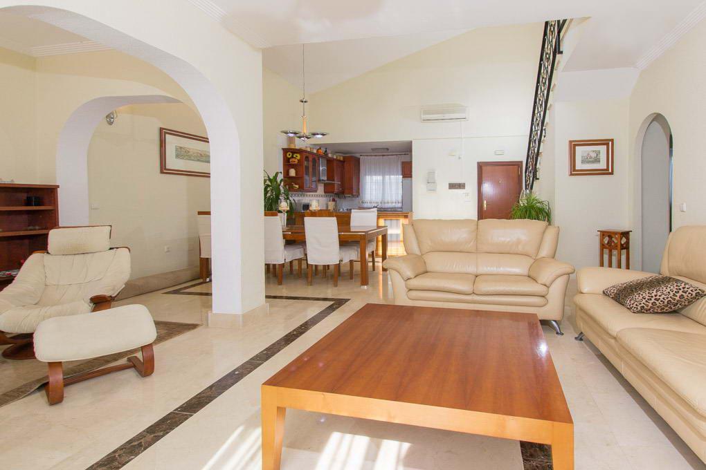 Залоговая квартира в испании купить