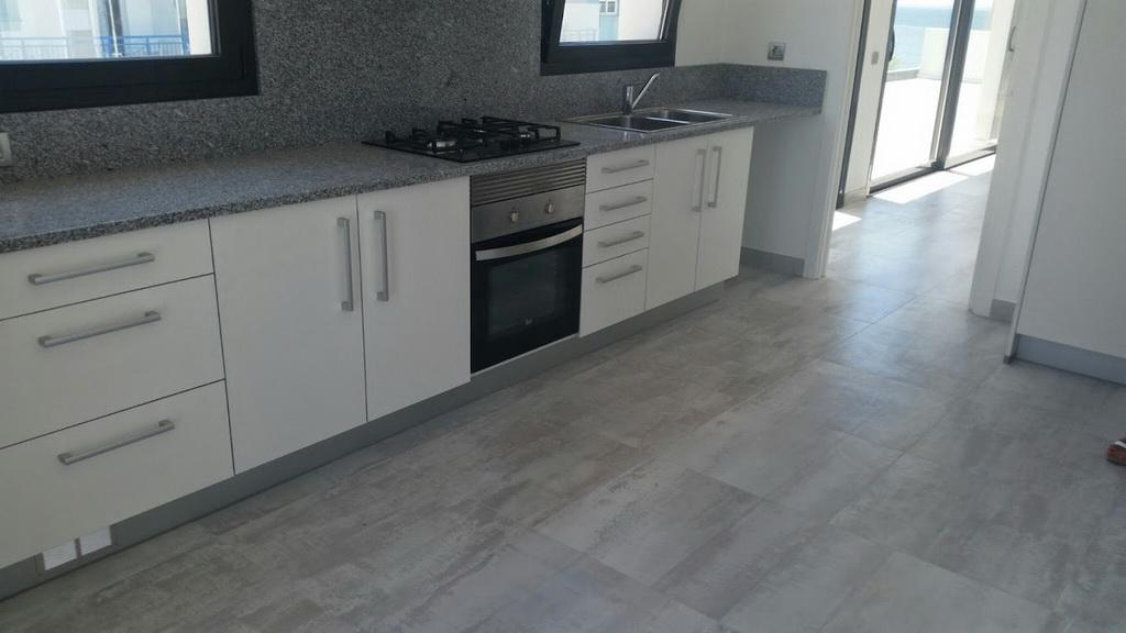 Novyye apartamenty v tsentre Rosesa na poberezhye - N3267 - vikmar-realty.ru