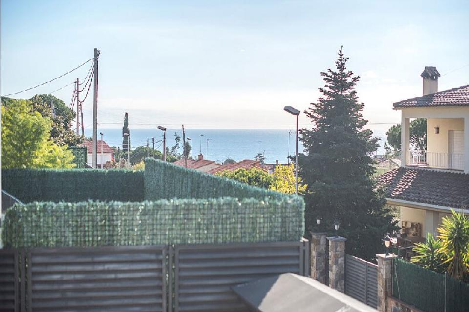 Novy dom s vidom na more v gorode Premia-de-Dalt - N3637 - vikmar-realty.ru