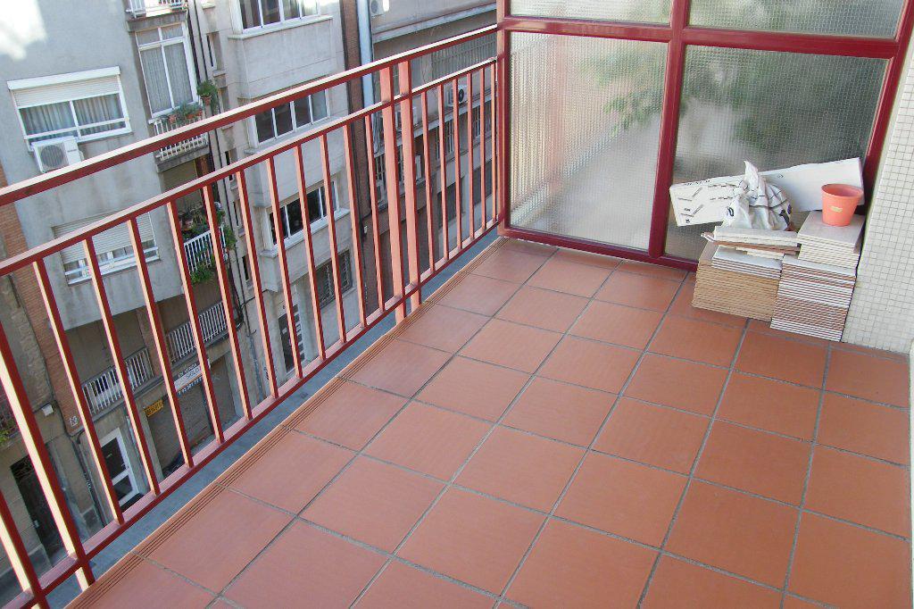Khoroshaya kvartira v Barselone, rayon Sants-Monzhuik - N1458 - vikmar-realty.ru