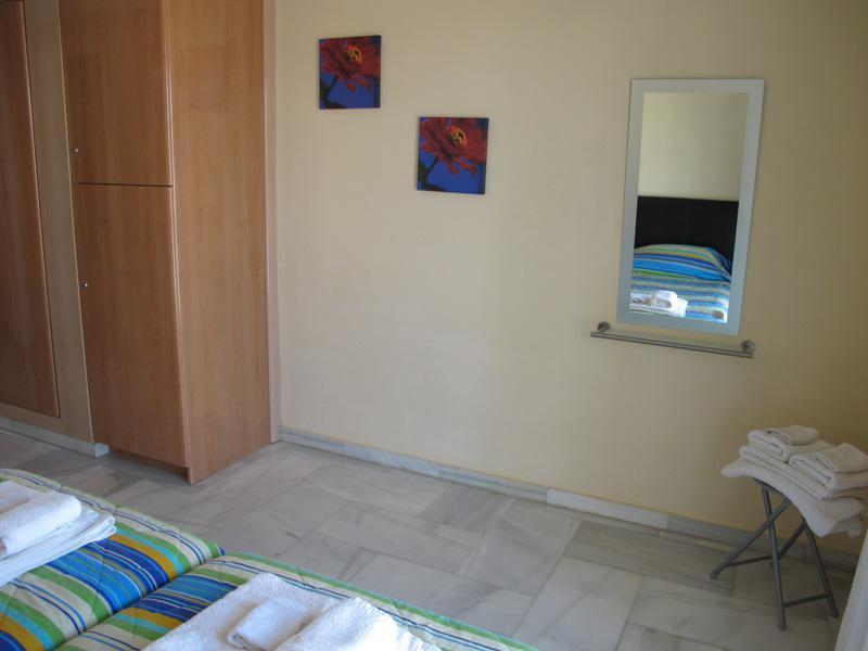 Otlichnyye apartamenty v Benalmadene ochen blizko ot plyazha - N1688 - vikmar-realty.ru