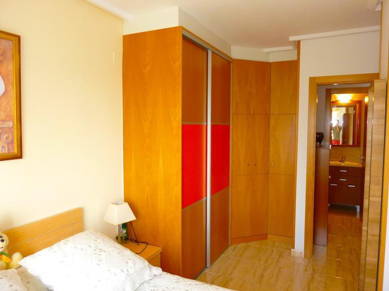 Nedvizhimost Ispanii, prodazha nedvizhimosti kvartira, Kosta-Blanka, Benidorm - N2078 - vikmar-realty.ru