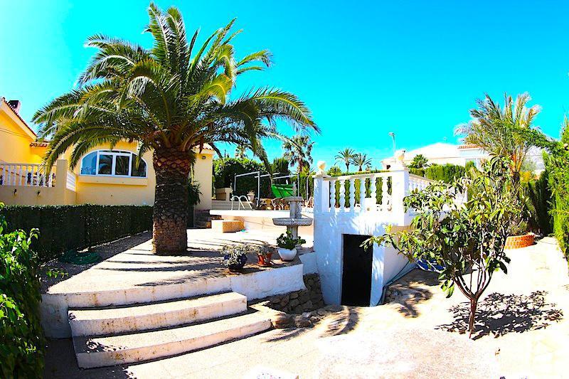 Villa v La Nusia v gorakh na poberezhye Kosta Blanka - N2998 - vikmar-realty.ru