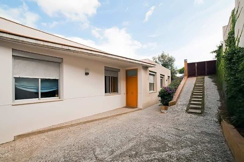 Dom v prigorode Barselony na Kosta Maresme v Kabrils - N3068 - vikmar-realty.ru