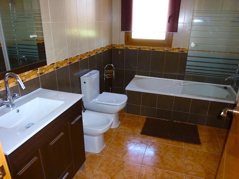 Bolshaya novaya villa v Kalpe v klassicheskom stile - N1309 - vikmar-realty.ru