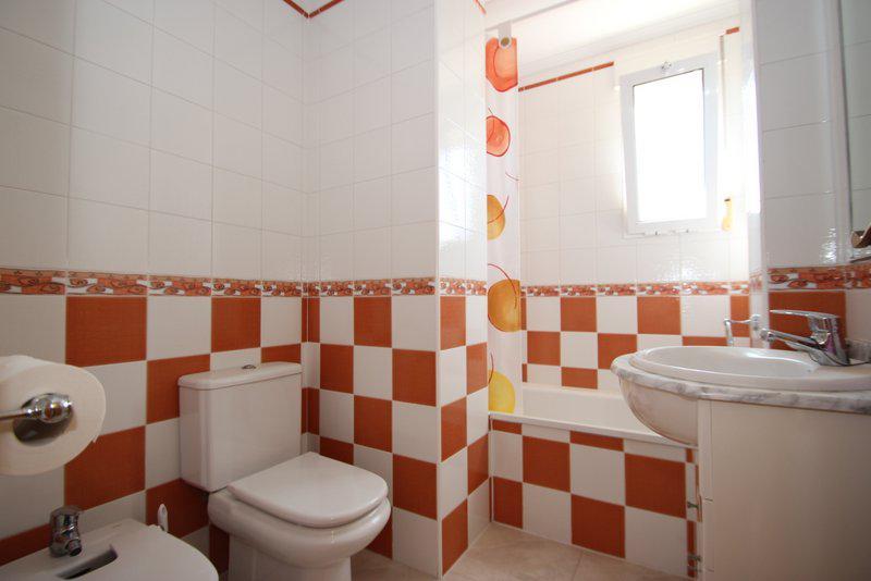 Komfortabelnaya kvartira v Torrevyekhe v rayone Playa Flamenca - N2249 - vikmar-realty.ru