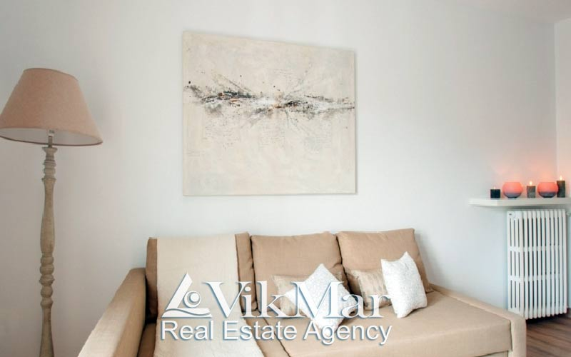 Apartamenty s turisticheskoy litsenziyey v Zolotom Kvadrate Barselony - N2339 - vikmar-realty.ru