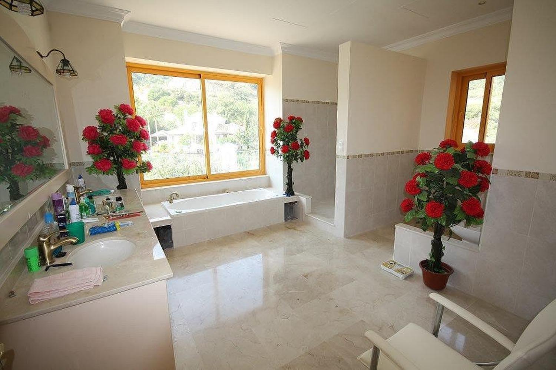 Eksklyuzivnaya villa v La Zagaleta (La Zagaleta) v munitsipalitete Benakhavis - N3049 - vikmar-realty.ru