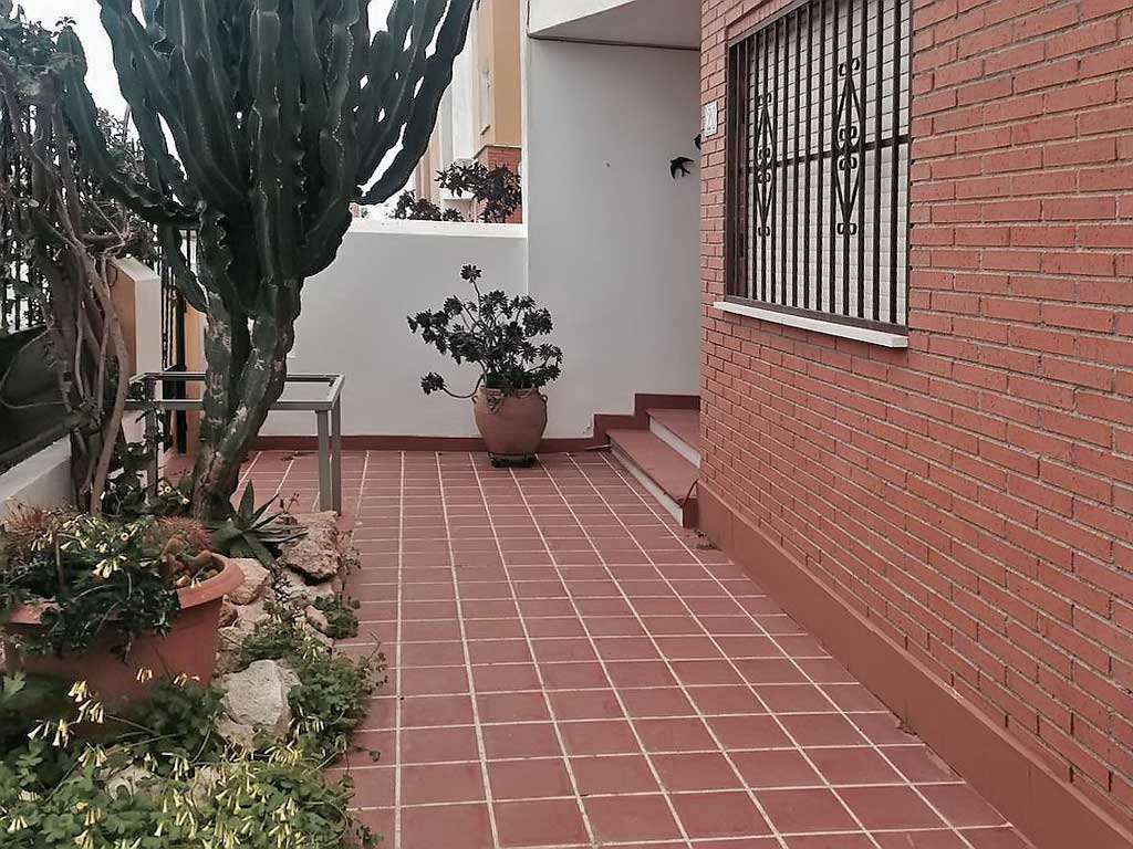 Dom taunkhaus v Ispanii na poberezhye Kosta Blanka v Los Altos - N3489 - vikmar-realty.ru