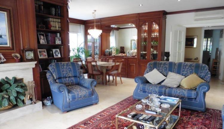 Bolshaya 3-etazhnaya villa v Premiya de Dalt na poberezhye - N3649 - vikmar-realty.ru