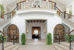 Элитная Вилла Пикассо (Villa Picasso) в районе «Золотая Миля» в Марбелье