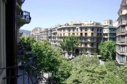 Туристические Апартаменты в центре Барселоны 10 квартир - №3205