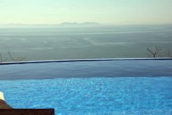 Продажа виллы на Коста-Брава на берегу моря в Росесе в Испании - №1979