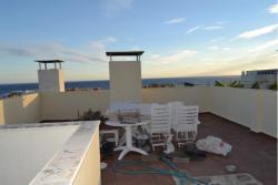 Уютные апартаменты-дуплекс в городе Калахонда с видом на море - №3369