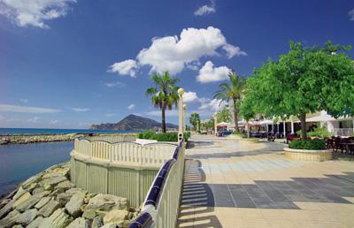 Алтея популярный город для покупки недвижимости на Коста Бланке