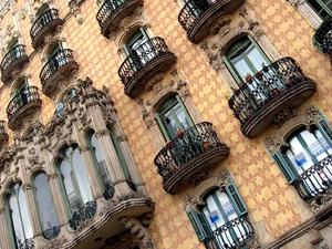 Иностранные частные инвесторы предпочитают купить недвижимость в Испании