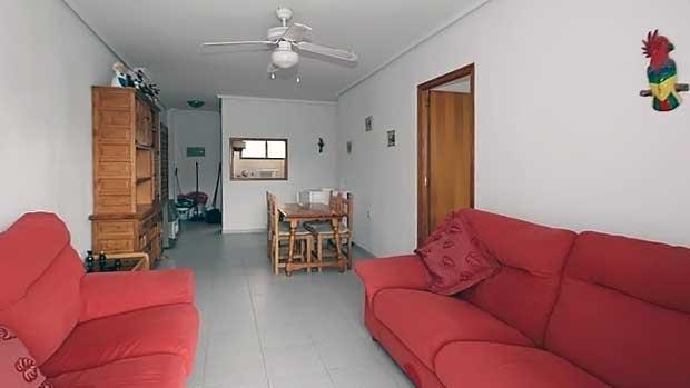 Недорогие апартаменты на побережье Коста-Бланка в Торревьехе в Испании