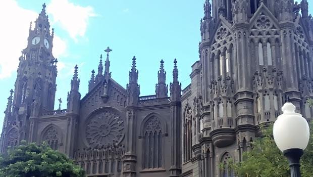 Гран канария – регион с богатым историческим и культурным наследием. Каменные кружева собора Iglesia de San Juan Bautista de Arucas