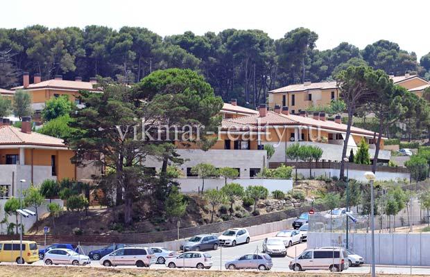 Урбанизация на Carrer Joaquim Codina i Vinyes у моря в Ллорет де Мар