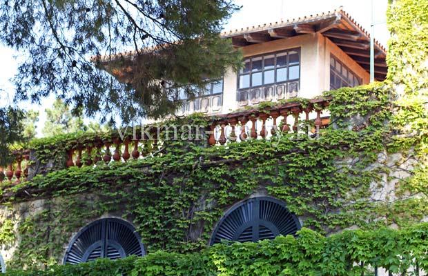 Вилла в поместье «Сады Святой Клотильды» (исп. Jardins de Santa Clotilde) в Ллорет де Мар
