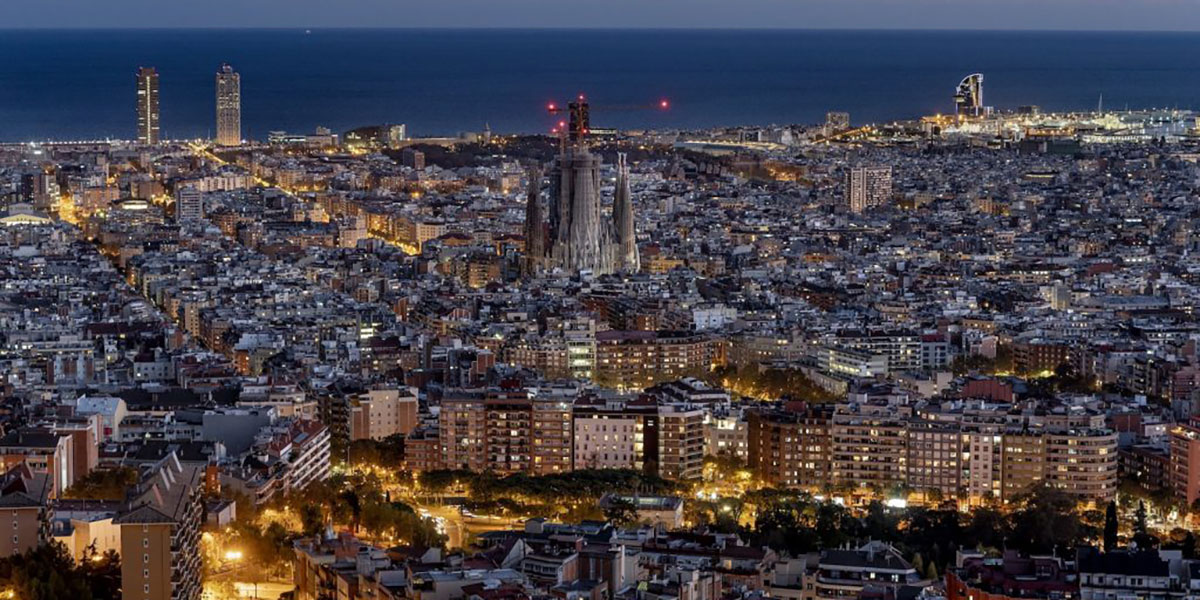 Вид на центральную часть Барселоны округ Ciutat Vella