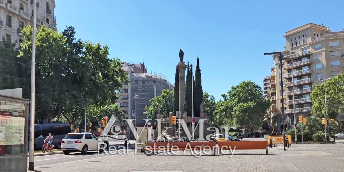 Пересечение проспекта Диагональ и бульвара де Сан Жоан в Барселоне