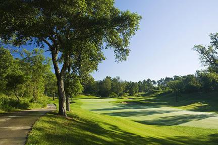 Красотой курорта PGA Catalunya буду поражены не только любители гольфа