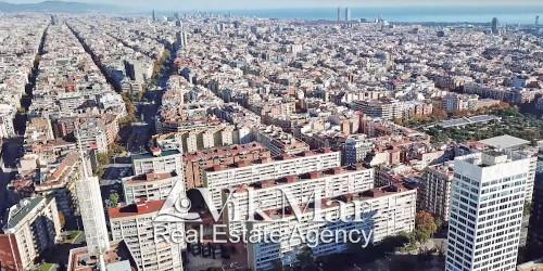 Сравнительная структура жилого фонда Испании и стран ЕС по типам жилья на одну семью: квартиры, дома, виллы и поместья. Обзорная информация статистического бюро ЕС Евростат (Eurostat)